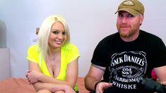 Une superbe blondes porno s'attaque aux pervers du Loosetour!