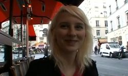 Une jeune amatrice dans un casting porno francaise