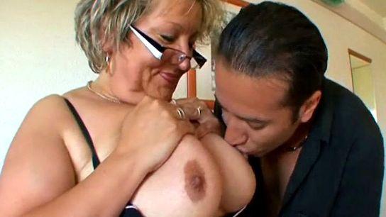 mamies gros seins