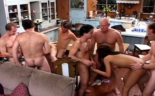 sexe dans une cusine
